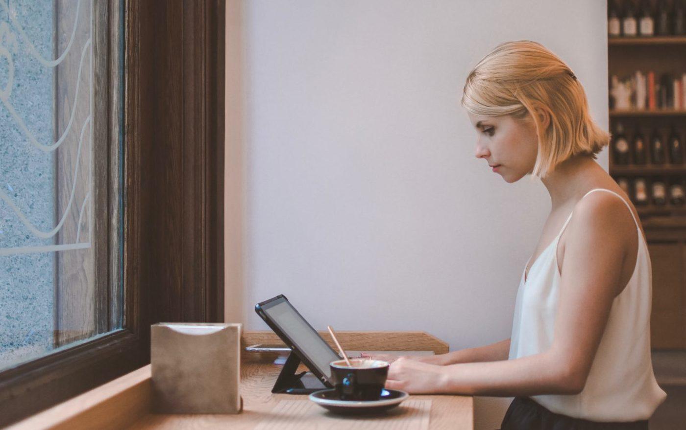VAT on Shopify Fees for e-commerce